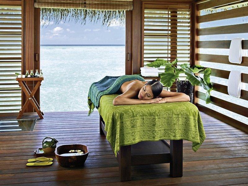Four Seasons Resort Maldives At Kuda Huraa, Maldivi 4