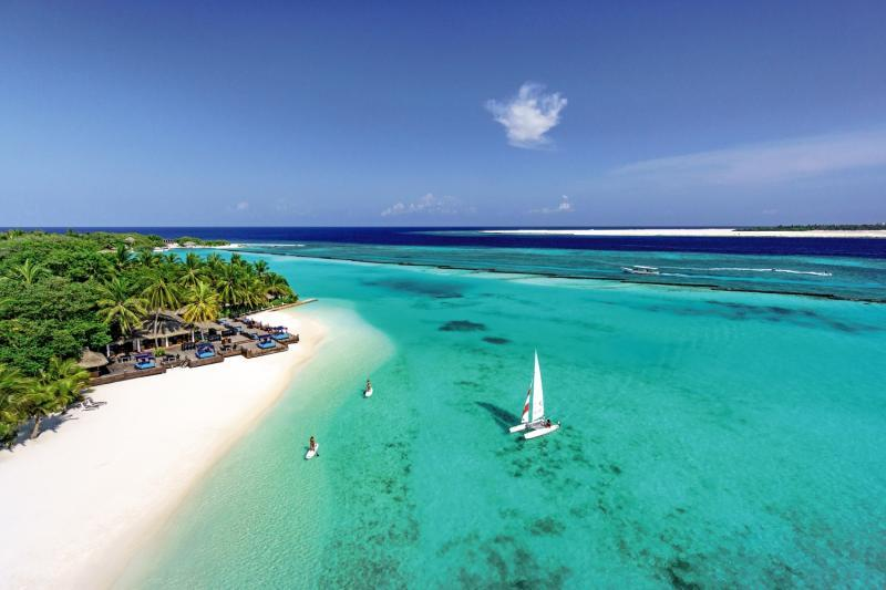 Sheraton Maldives Full Moon Resort and Spa, Maldivi 2