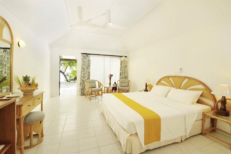 Holiday Island Resort, Maldivi 4