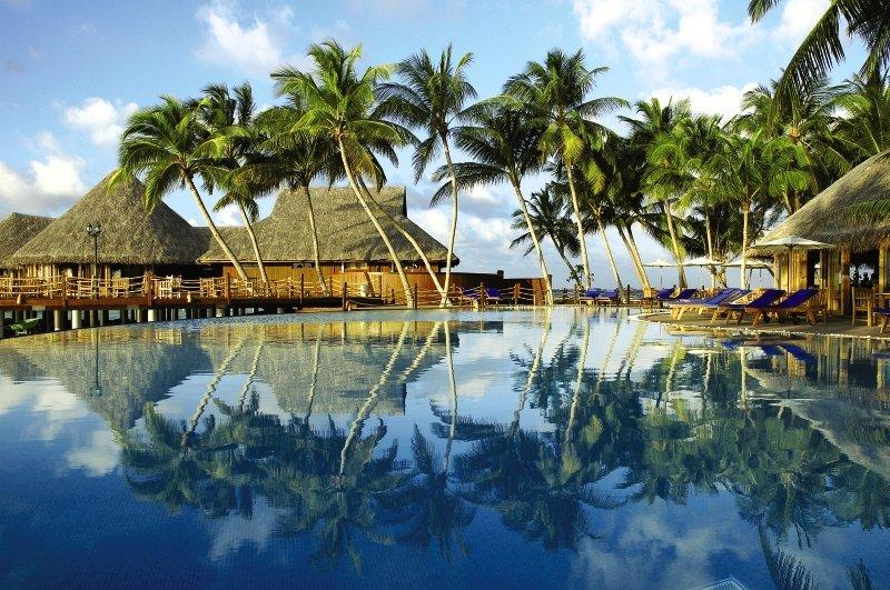 Sun Aqua Vilu Reef, Maldivi 3