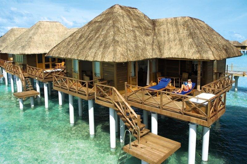 Sun Aqua Vilu Reef, Maldivi 4