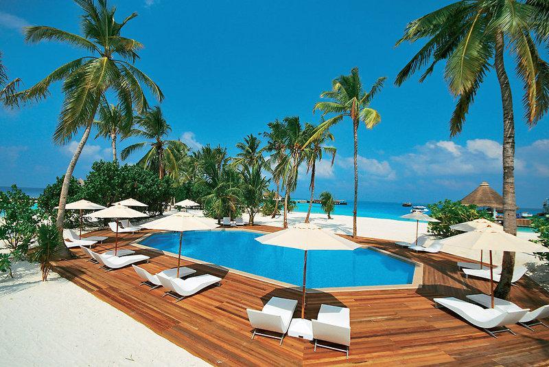 Safari Island Resort and Spa, Maldivi 1