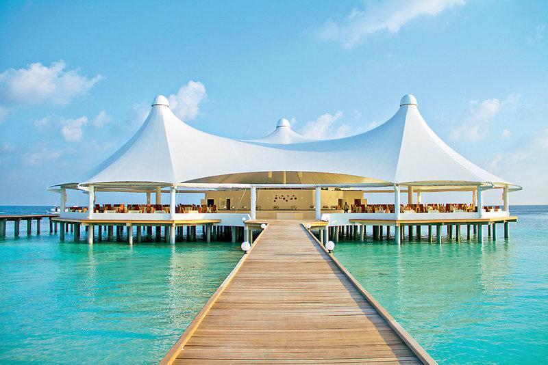 Safari Island Resort and Spa, Maldivi 3