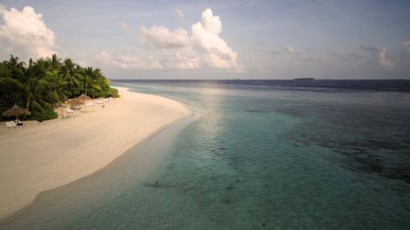 Furaveri Island Resort and Spa, Maldivi 5