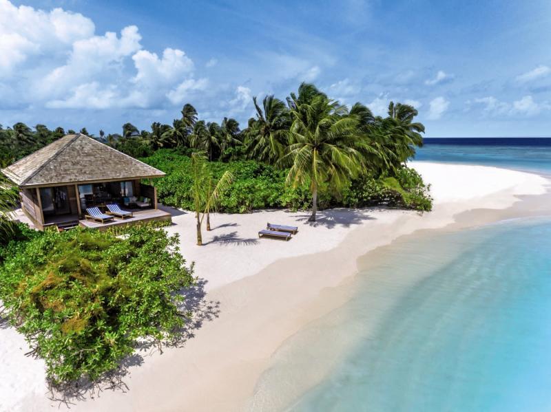 Hurawalhi Island Resort, Maldivi 1