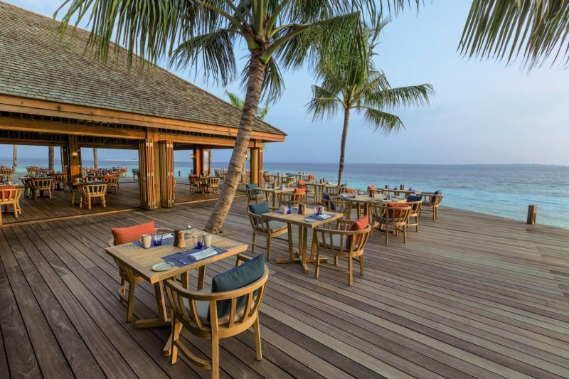 Hurawalhi Island Resort, Maldivi 5