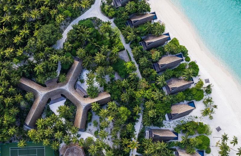 The St. Regis Maldives Vommuli Resort, Maldivi 1