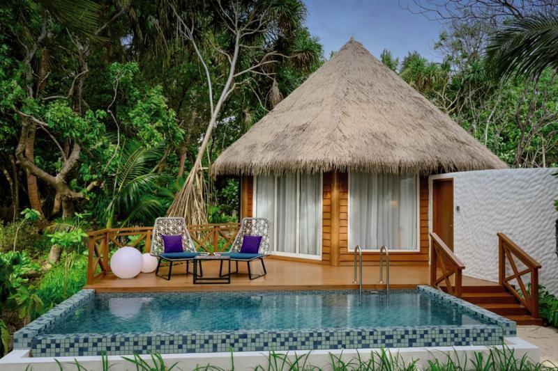 Mercure Maldives Kooddoo Resort, Maldivi 3