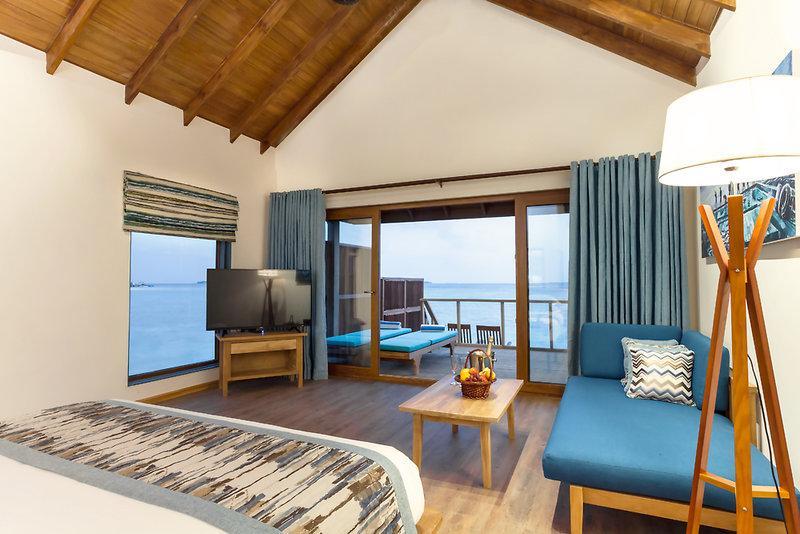 Reethi Faru Resort, Maldivi 4