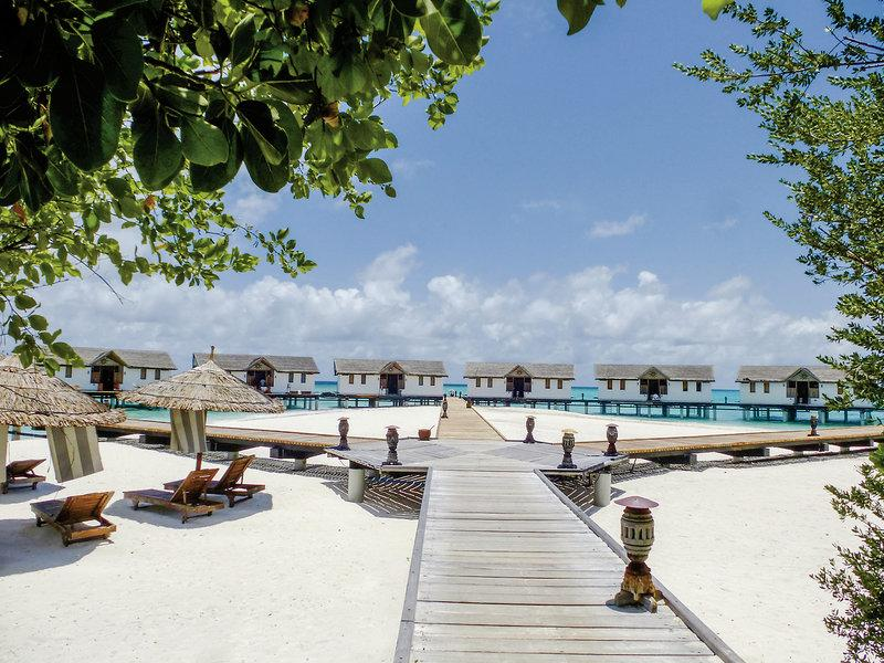 Reethi Beach Resort, Maldivi 3