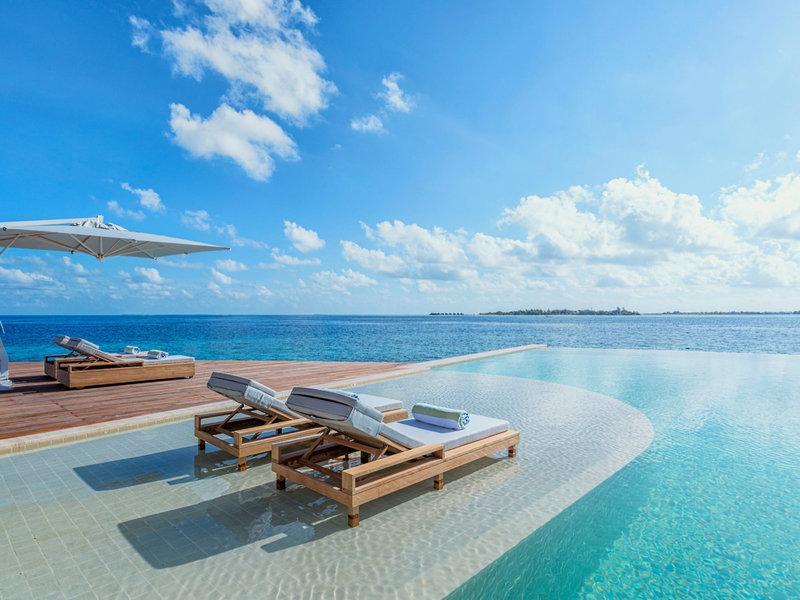 Kudadoo Maldives Private Island, Maldivi 3