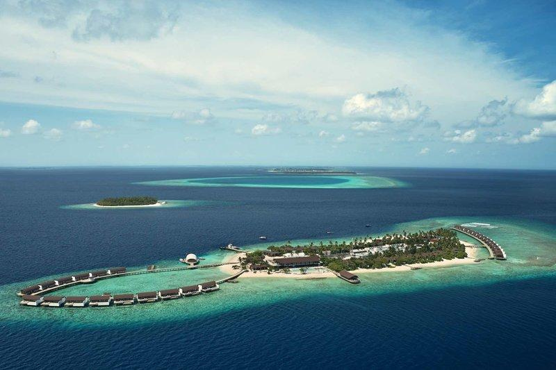 The Westin Maldives Miriandhoo Resort, Maldivi 1
