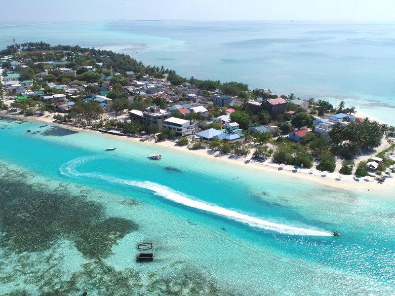 Araamu Holidays and Spa, Maldivi 4